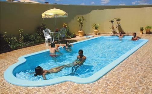 Piscinas fibra de vidrio empresas especialistas en piscinas for Vidrio para piscinas