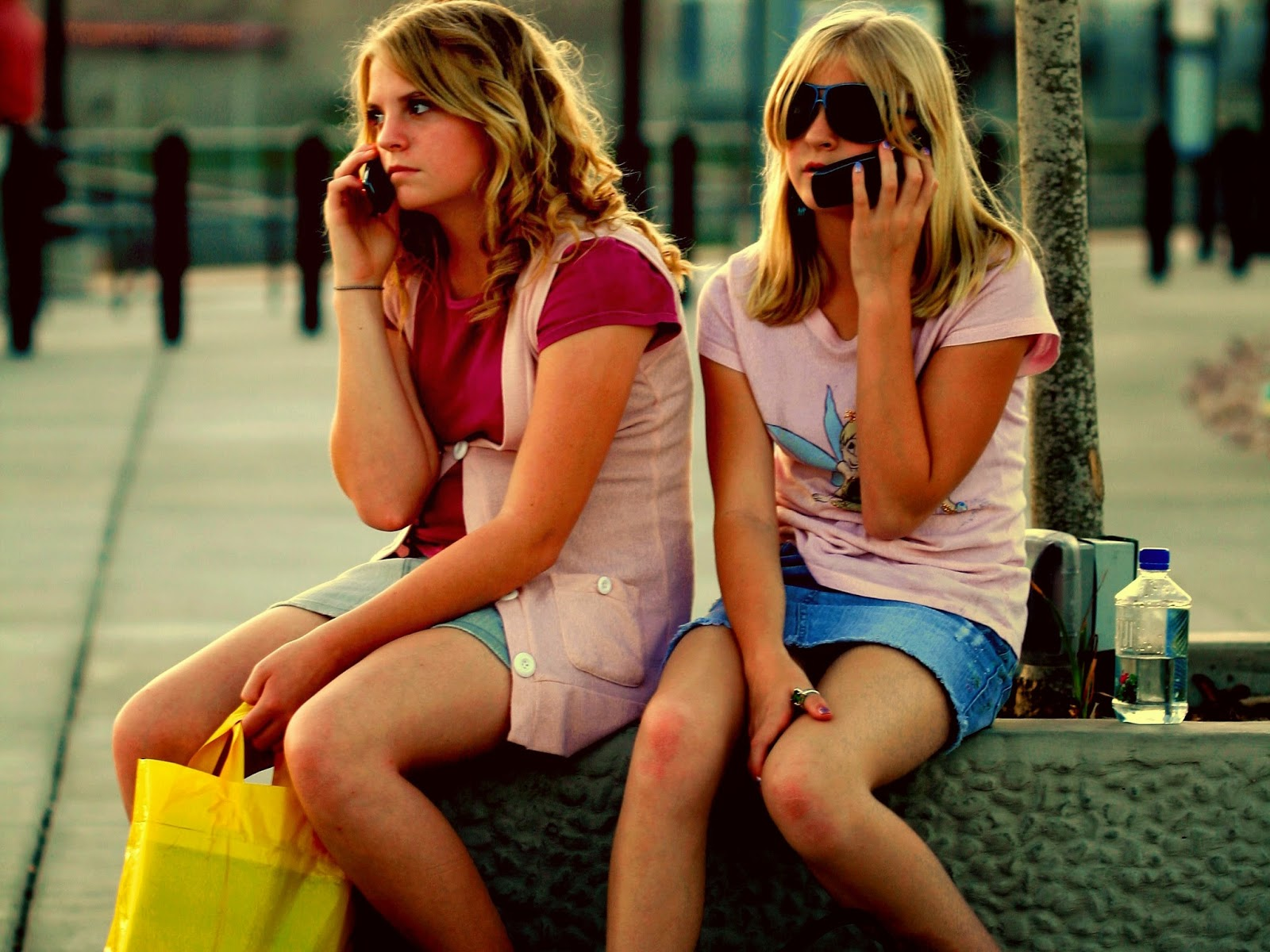 Know girls friends wish, she loves you or not, how to know your lover love you or not