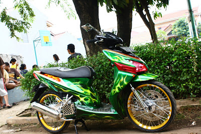 Honda Vario 2006 full modifikasi pelek 17 modifikasi velg 17 vario cw