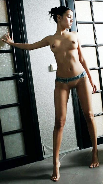 hot adult virgin naked