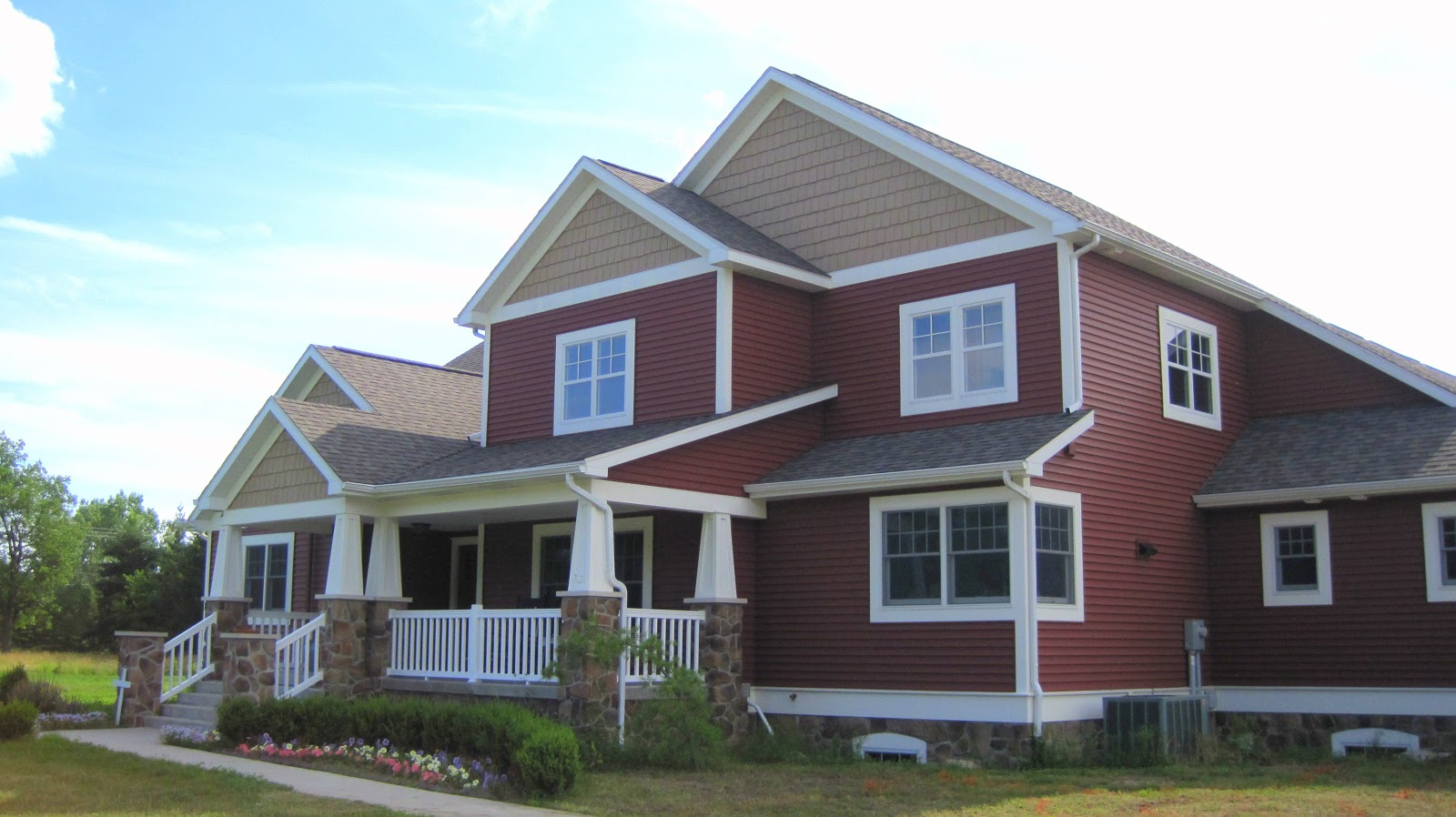 Lp smartside prefinished from lake states in lx pro khaki Brick craftsman house
