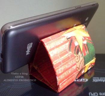Apoio de celular feito com papel