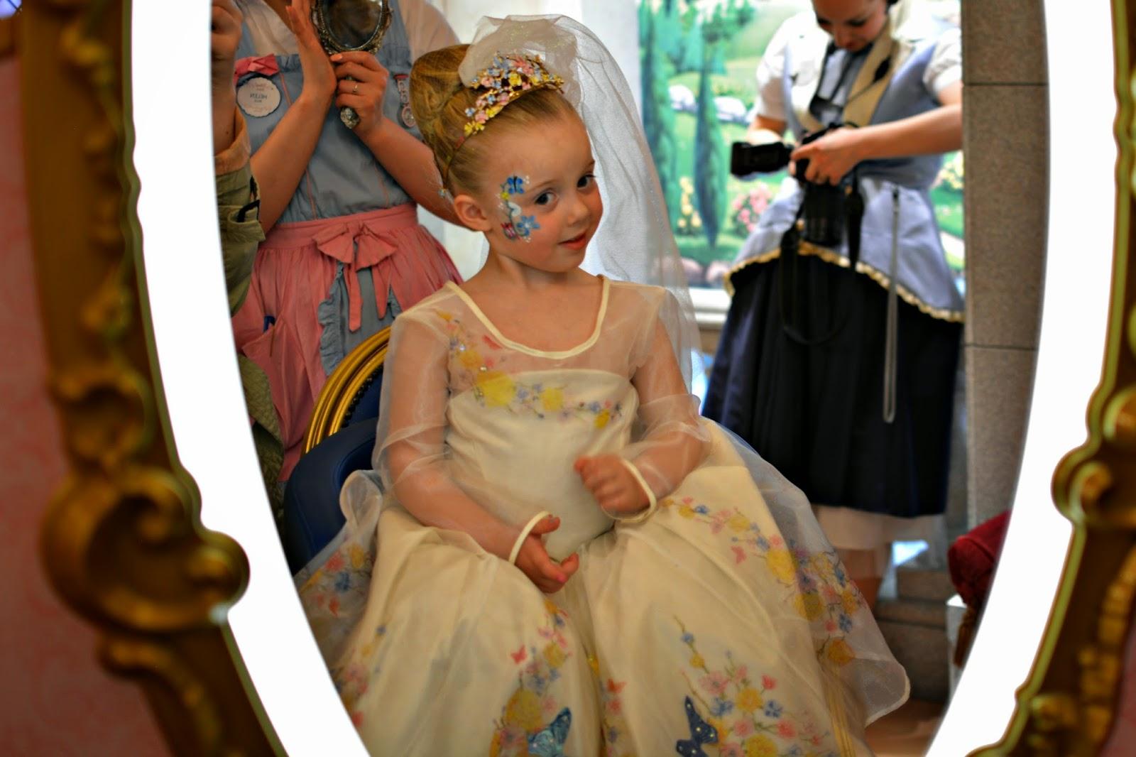 Disney Bibbidi Bobbidi Boutique Cinderella Experience