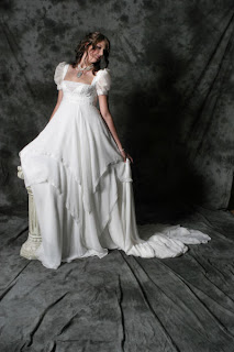 Popular wedding colors for gothic brides handmade for Plus size gothic wedding dress