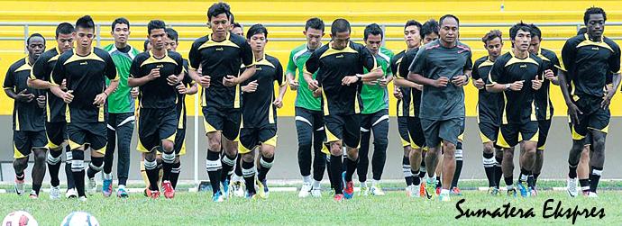 SKUAD SRIWIJAYA FC 2012 - 2013