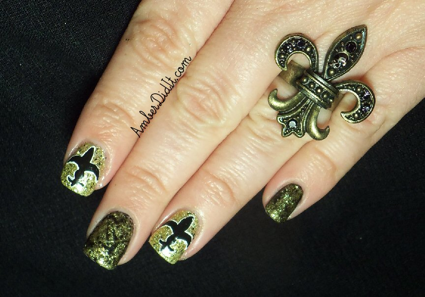 Amber did it!: NFL Nail Art Series #1~New Orleans Saints Nails