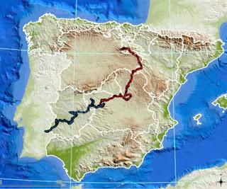 A azul, é possível ver o trajeto de Khan até Portugal, e o do seu irmão Kentaro a vermelho. Fotografia © Iberlince