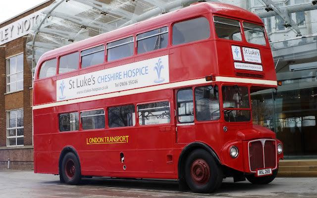 foto Bus Tingkat Model Lama