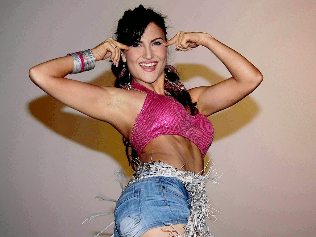 Elli Avram Hot Pictures