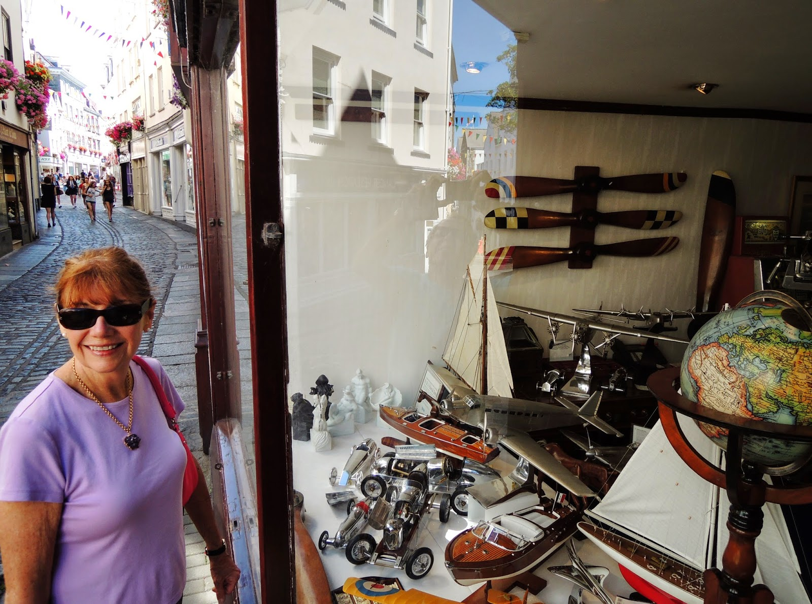 Marla Gentry, Guernsey Island, antiques