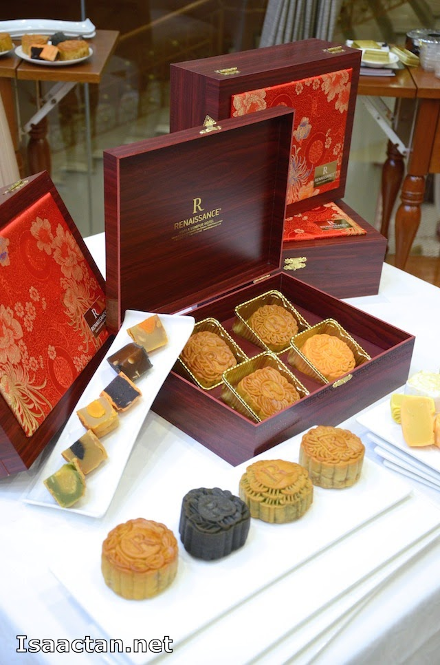 Mooncake Odyssey, time to indulge