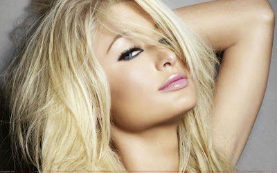paris_hilton_hot_lips_wallpaper_sweetangelonly.com