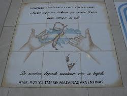 Ayer, hoy siempre: ¡MALVINAS ARGENTINAS!