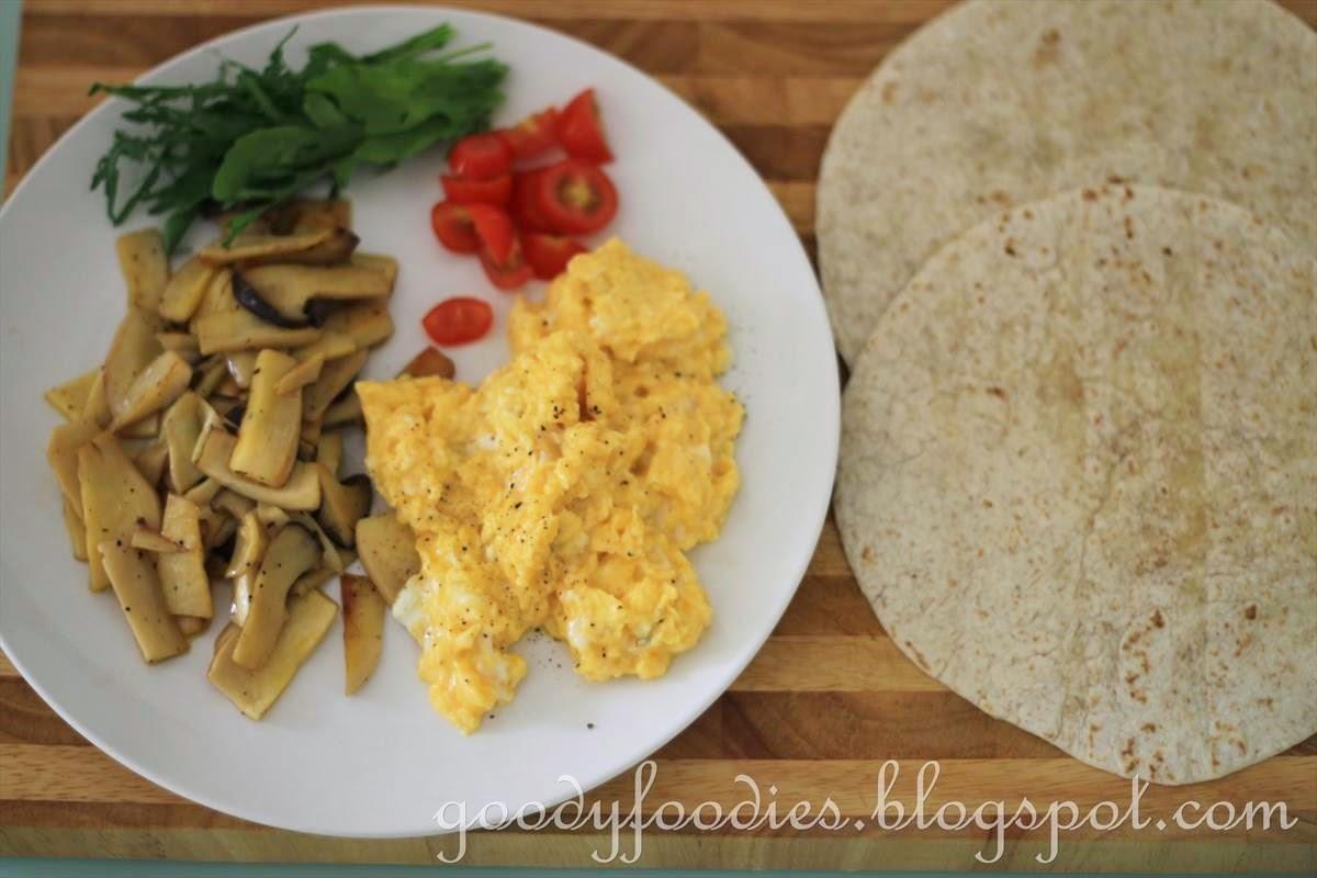 GoodyFoodies: Recipe: Scrambled Egg and Mushroom Wrap