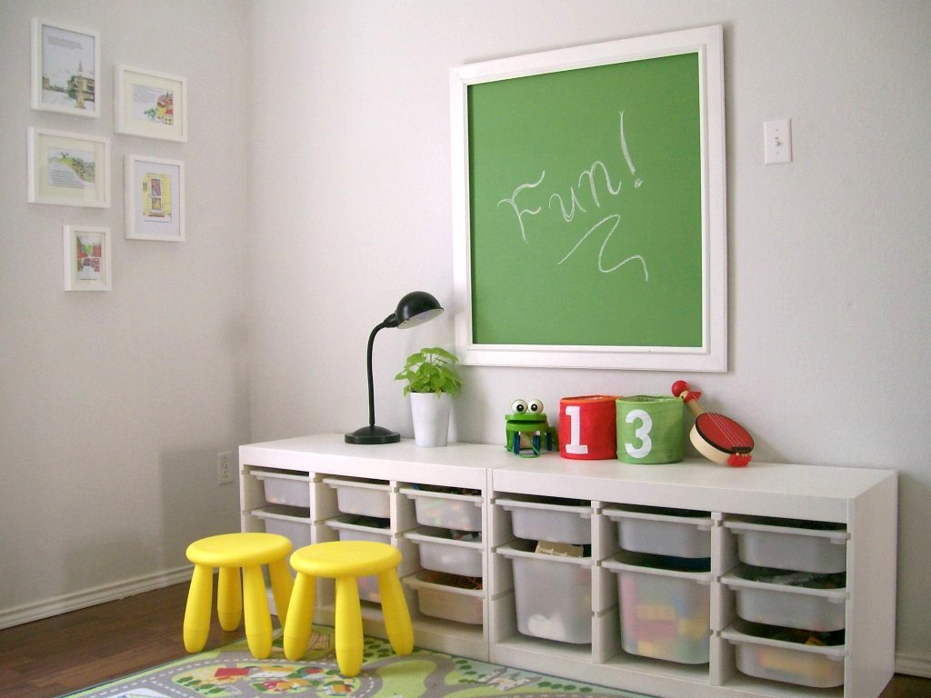 10 all time favourite ikea kindermeubels en accessoires. Black Bedroom Furniture Sets. Home Design Ideas