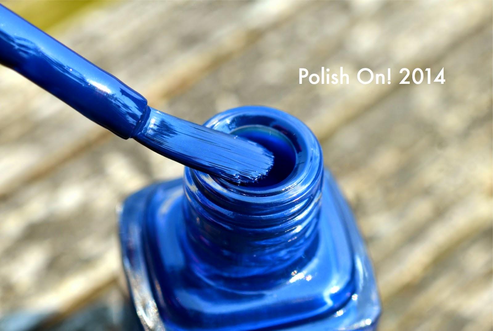 Dior limited edition fall 2014 carr bleu 796 nail polish for Carre bleu
