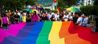 LGBT-iştii îl recunosc pe Dumnezeu, au vorbit cu el şi ştiu ce vrea, ce face şi ce nu face