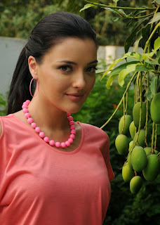 Kristina Akheeva in Skin Tight Jeans and Peach Tank Top Stunning Cute Beauty