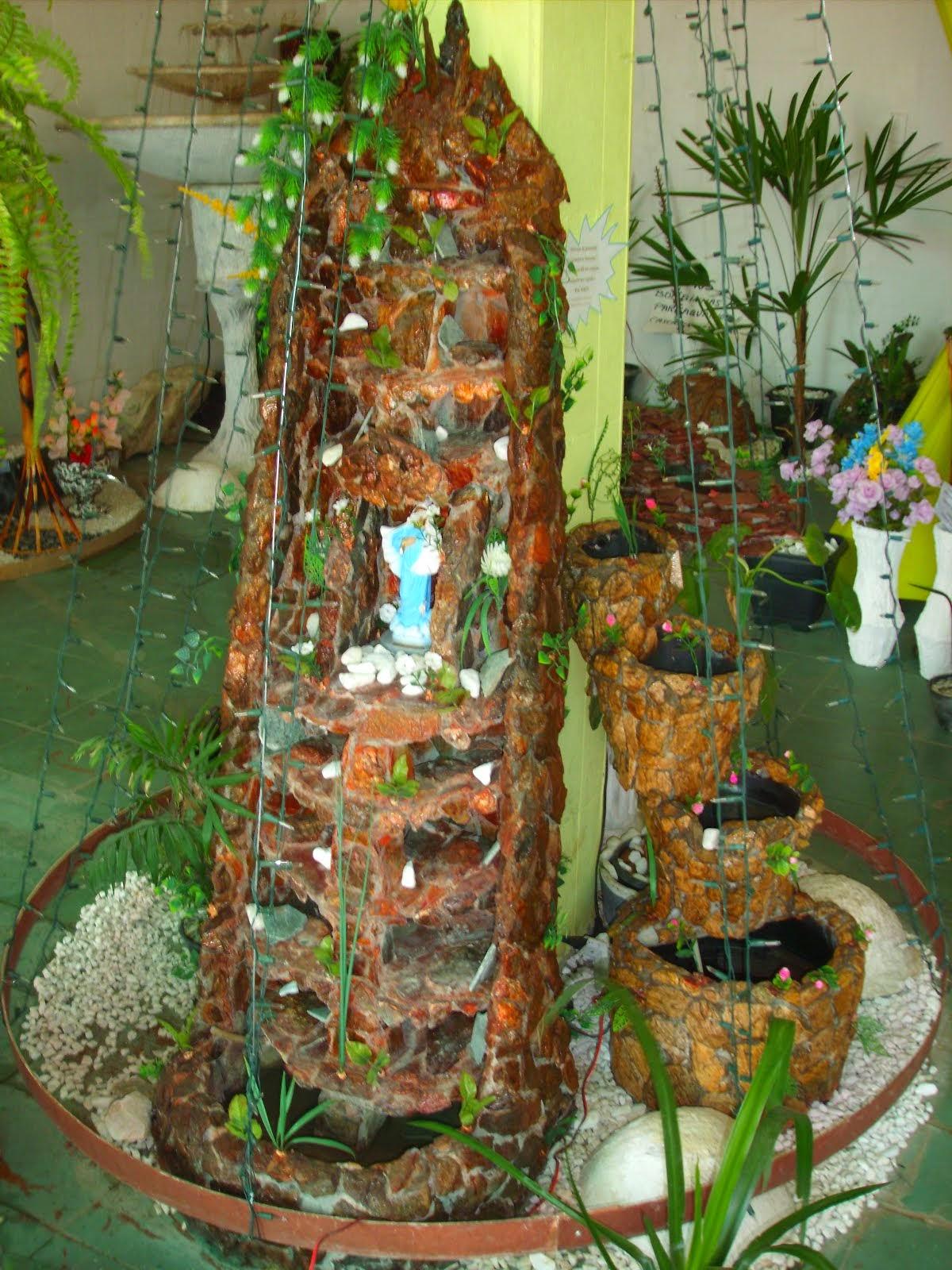 10.....ref : 0110  cascata grande em pedra ibiá , com espaço para imagem