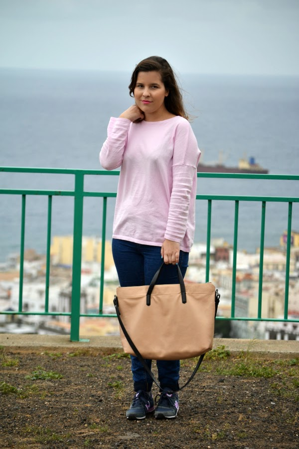 look_outfit_jersey_rosa_pastel_new_balance_chica_nudelolablog_03
