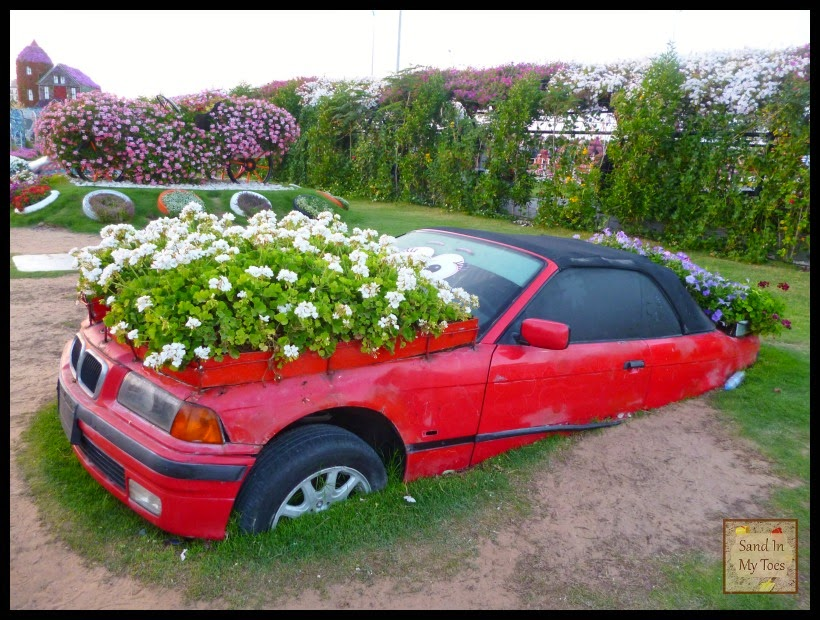 Car with flowers at Dubai Miracle Garden