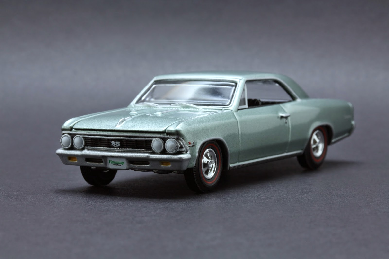 Diecast Hobbist 1966 Chevrolet Chevelle Ss 396 164 Scale From Autoworld Licensed Release 3 Version B