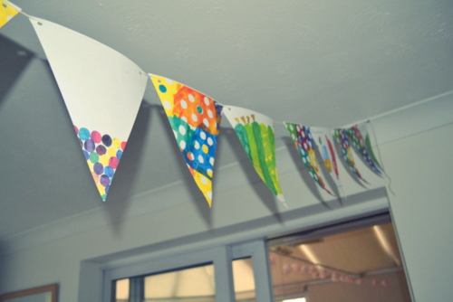 baby-shower-ideas-hungry-caterpillar-bunting