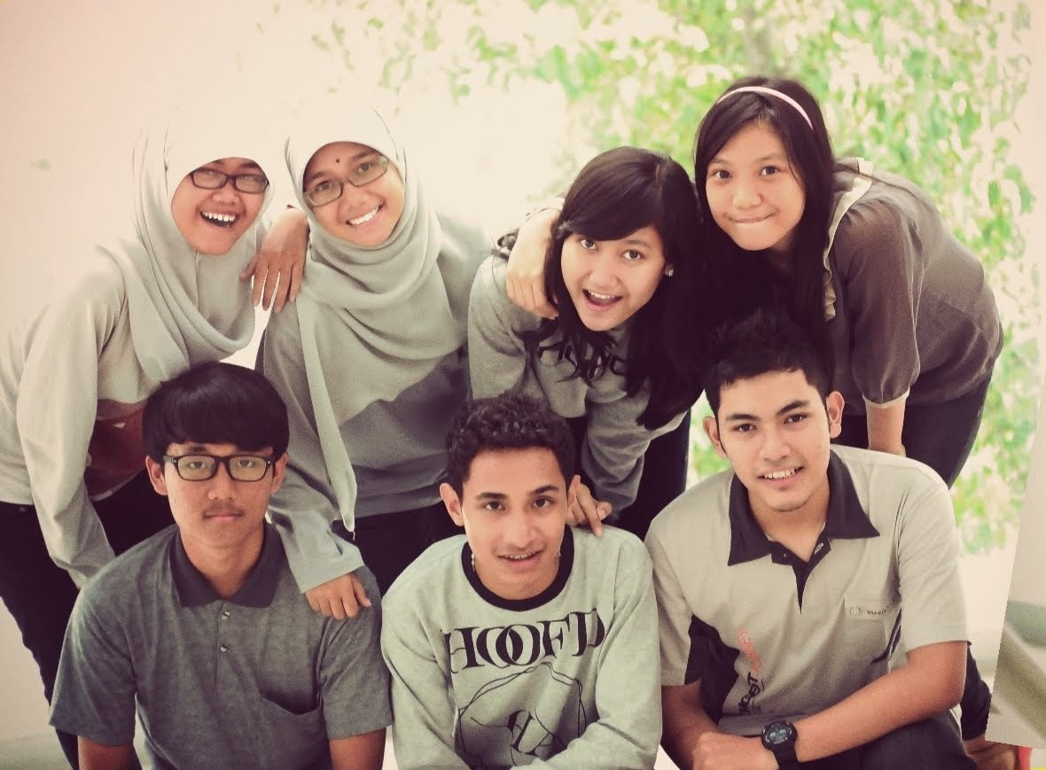 Kelompok Studio 2