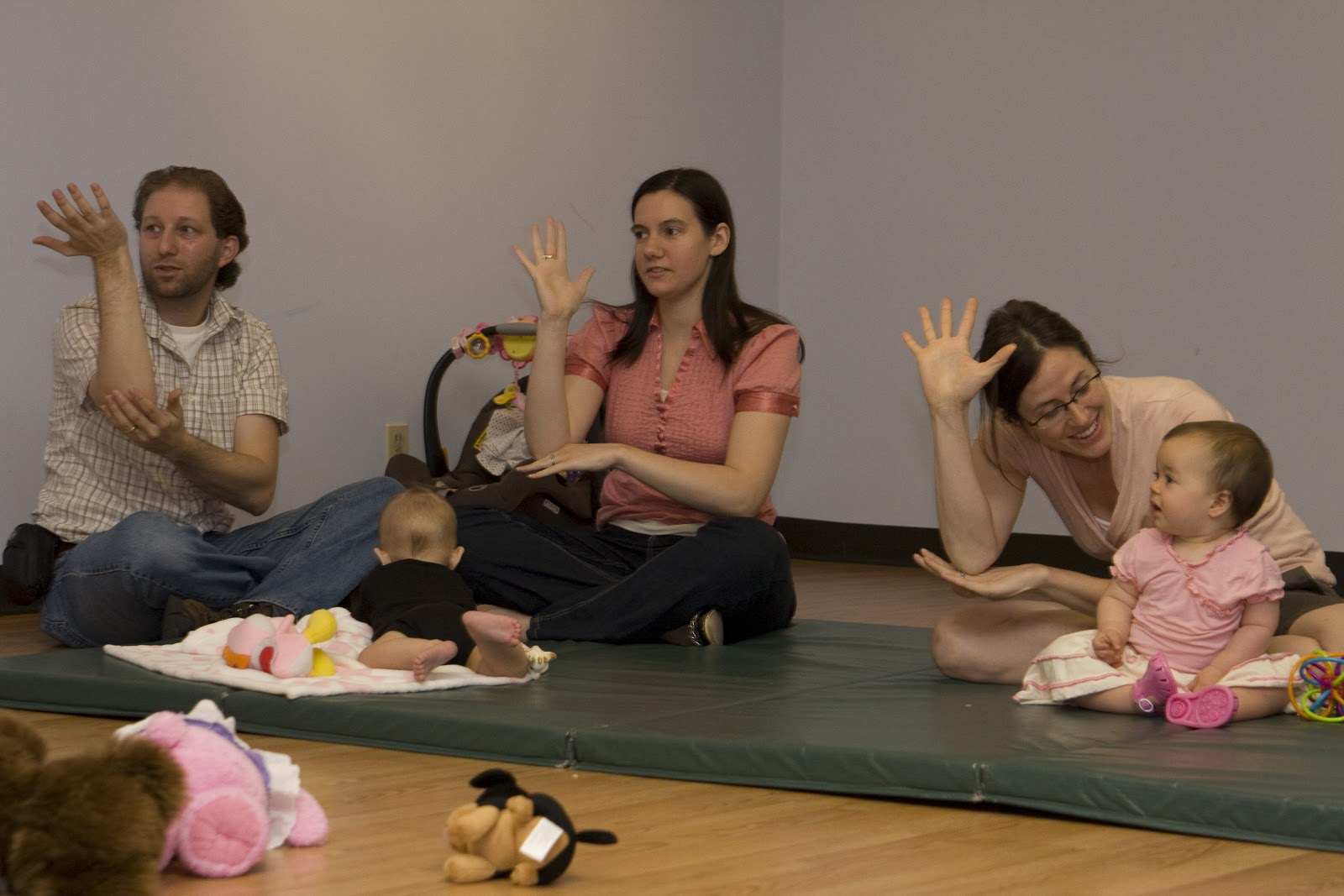 How Can I Practice Baby Sign Language? - Pathways.org