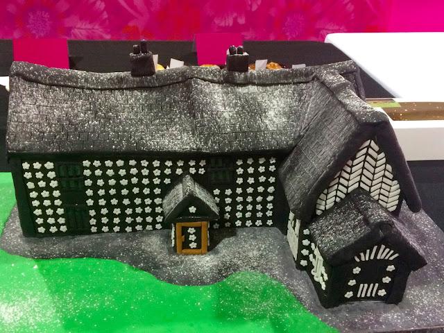 Cake & Bake Show House Cake