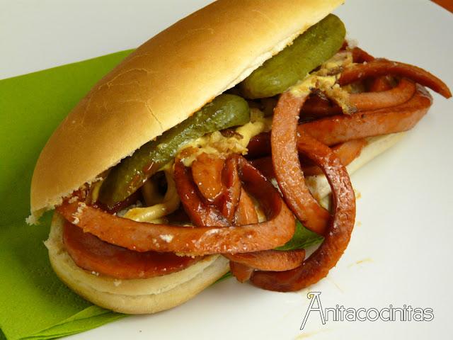 Hot-Dog de gusanos frescos – Receta de Halloween