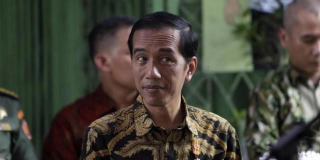 """""""Kinerja Pemerintah Buruk, Jokowi Hadapi Perjudian yang Berbahaya"""""""