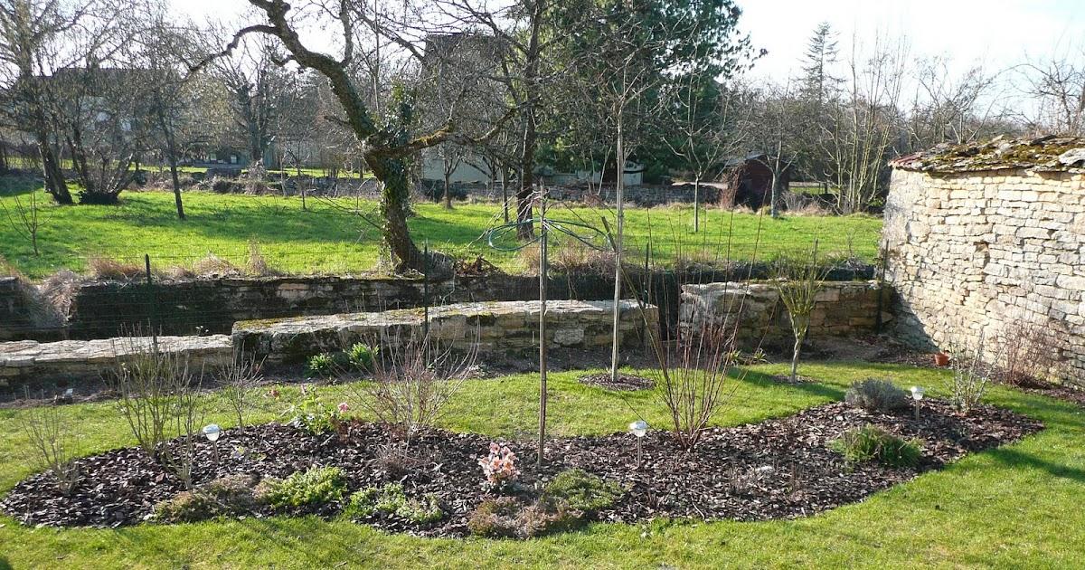 Notre jardin secret visite du jardin apr s nettoyage - Nettoyage du jardin ...