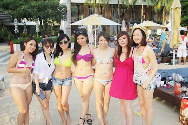 cambelles in bikini