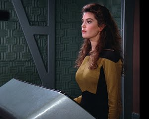 Official Pix Teri Hatcher signing! Order deadline is Friday, March 6th!