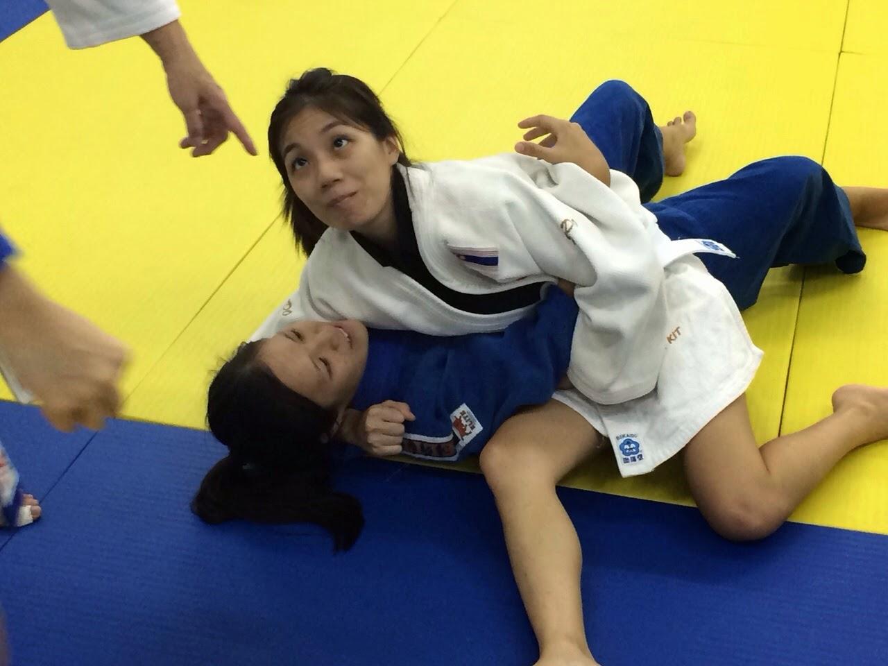 mature women judo