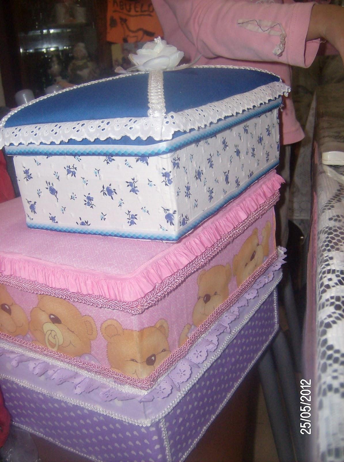 Polifac ticas cajas forradas con tela for Forrar cajas de carton con tela
