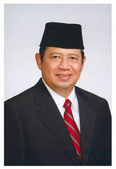 FOTO -FOTO PRESIDEN & WAKIL PRESIDEN INDONESIA PERTAMA 85
