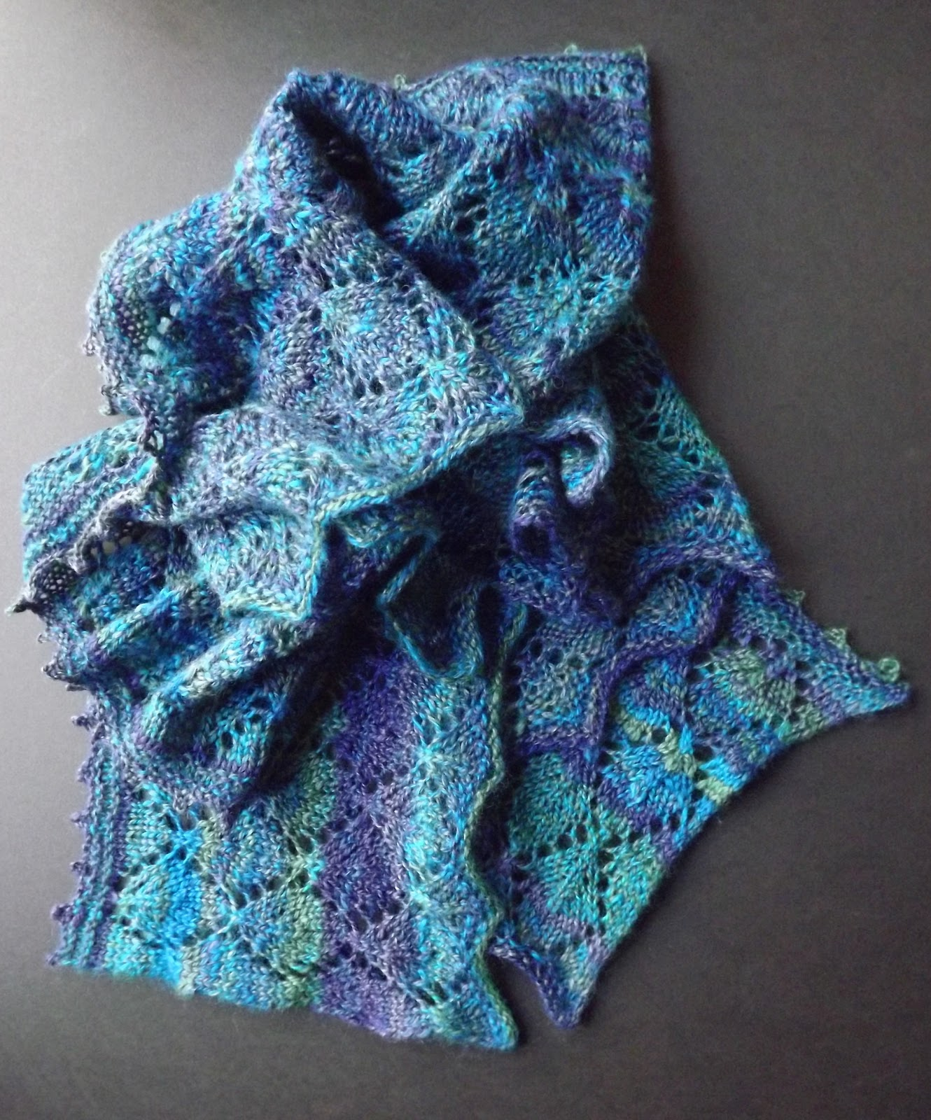 Knit Lace Stitch Scarf : Olives and Mermaids and Wine, oh my...: Lace Knit Lengthwise Scarf