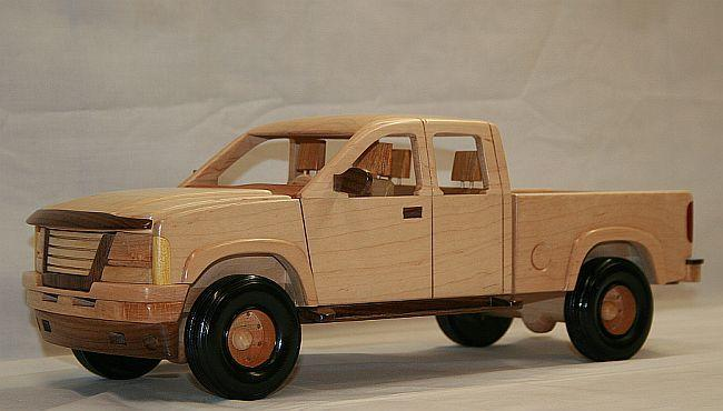 Autos fabricados a detalle en madera quiero m s dise o for Modelos de barcitos hecho en madera