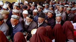 Pemerintah China Larang Muslim Xinjiang Tidak Puasa Ramadhan