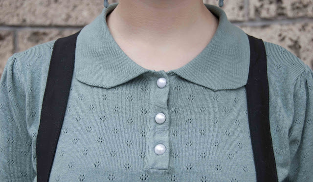 top, pearly buttons, braces, Collectif