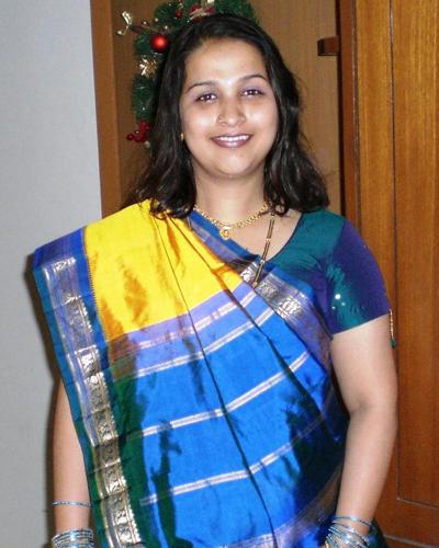 ... savitha spicy navel show saree photo gallery desi aunty savitha hot