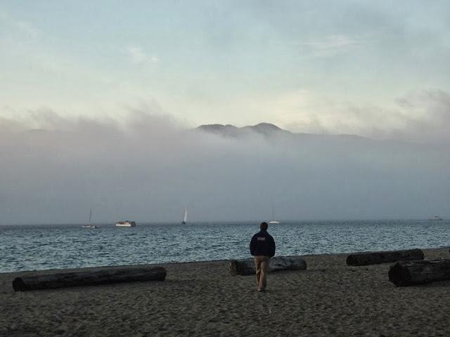 Foggy Vancouver, Kitsilano Beach