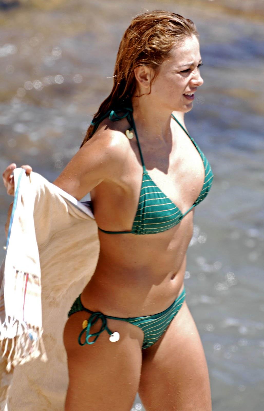 Michelle hunziker miami beach 2012