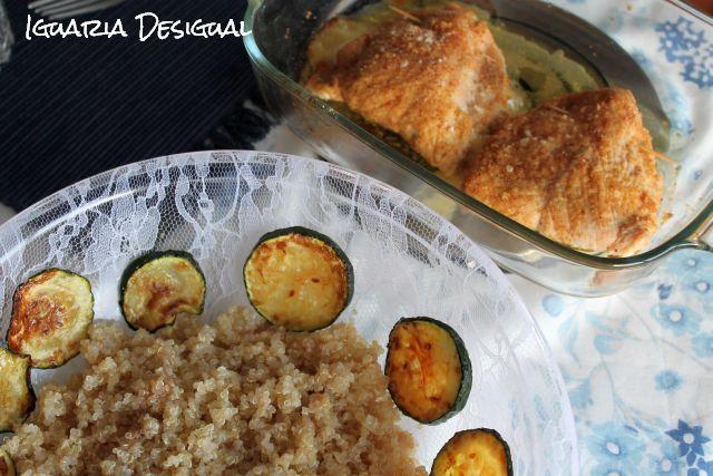 Bifes+de+Frango+Recheados+com+Salada+de+Quinoa+e+Courgette