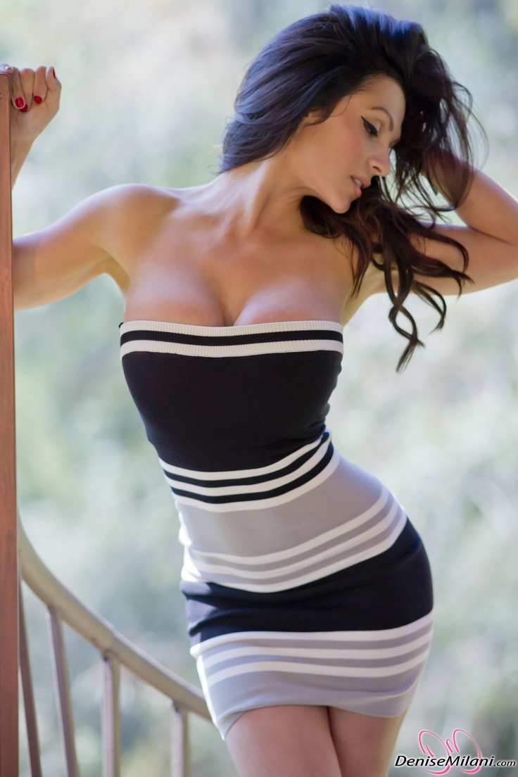 denise milani si u m u sexy g i c m b c nh t hi n nay sexy girls nude girls sexy girl naked. Black Bedroom Furniture Sets. Home Design Ideas