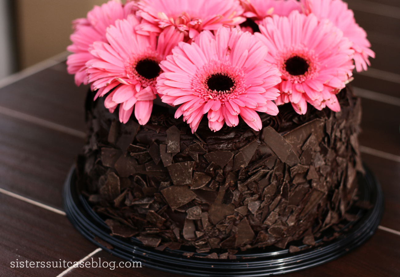Make Beautiful Custom Cakes Easily With Cakevase My Sisters