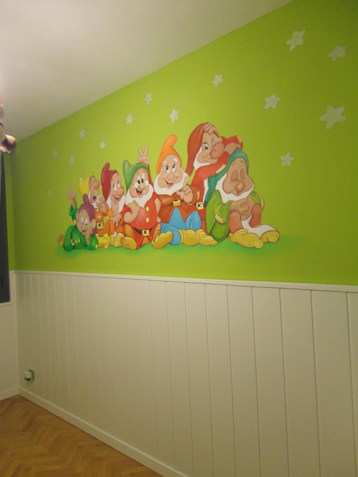 mural pintado sobre pared de dormitorio infantil presupuesto gratuito y sin compromiso