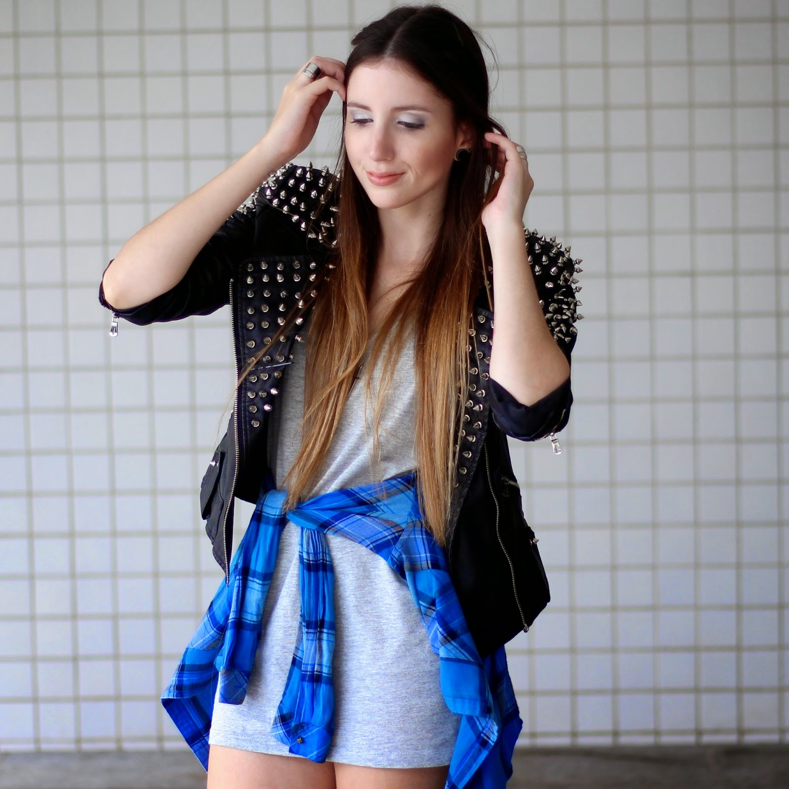 jaqueta de couro com spikes